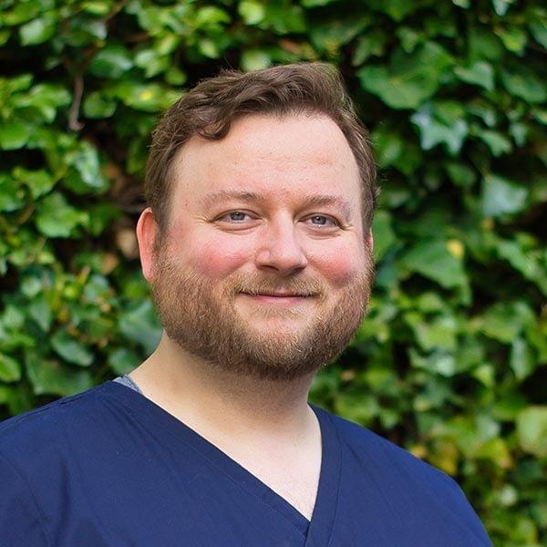 Dr. Sascha Burckhardt